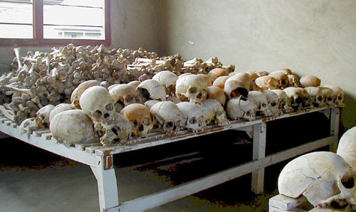 rwandan_genocide_murambi_skulls.jpg